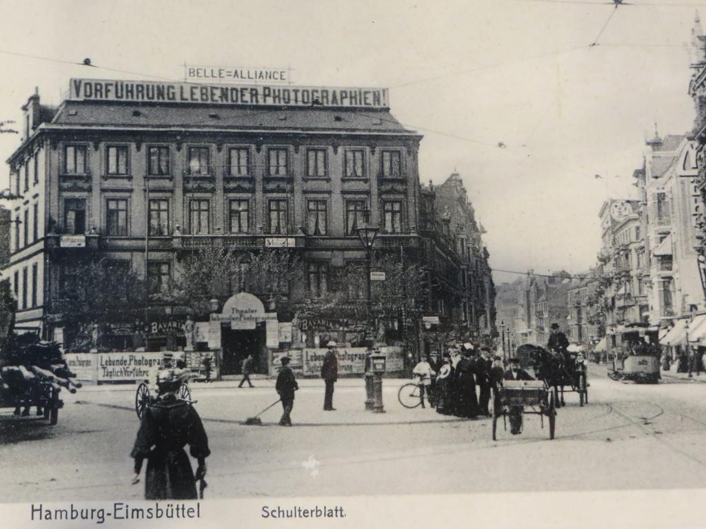 Alte Postkarte Belle Alliance Vorführung lebender Photographien