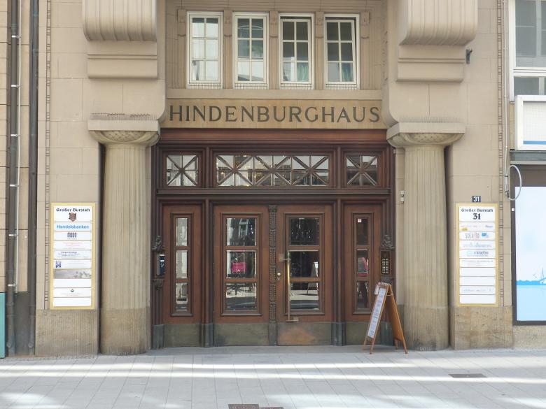 P1040995HindenburghausohnePersonenklein