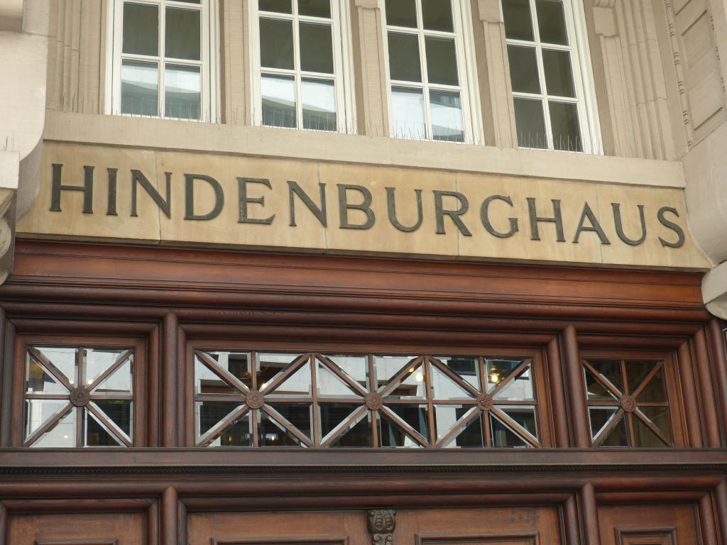 P1050183Hindenburghaus